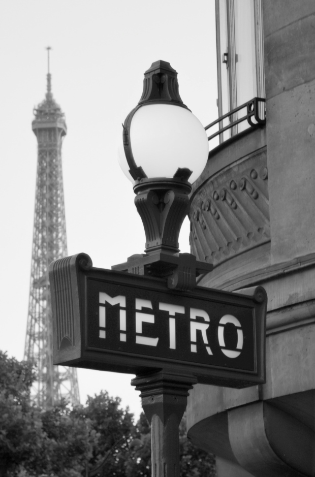 Paris_Metro_sign